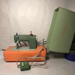 Vintage Signature Junior Sewing Machine w/ Foot Pedal Cover Childs Tested Works!