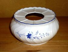 Winterling Kirchenlamitz, 1 Stövchen weiß mit blauen Blumendekor