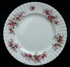 Patrón de rosa lavanda década de 1990 Royal Albert Calidad 2nd Lg Size platos 26cm