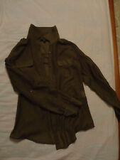 Bellissima camicia colore verde scuro stile militare estate e ufficio, piccola S