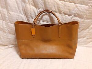 Huge COACH Tan Glove Leather East West Town Tote Handbag Purse, 30378, MSRP $598