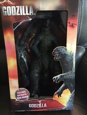 """NECA 2014 GODZILLA Monster 24"""" head to tail 12"""" tall Deluxe figure roaring sound"""