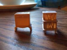 VINTAGE MINIATURE DOLL HOUSE LIVING ROOM STANDS