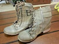 G BY GUESS  2 Zippers  AND LACE UP ANKLE BOOTS  GREEN LEATHER WOMENS SIZE 7.5 M