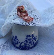 1:144Scale Handmade Dollhouse Miniature Artist Pick CHAIR AND OTTOMAN