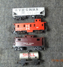 Lot of  4 Vintage HO Scale Train Cars,VG