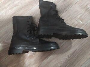 New  Army Russian Boots Uniform. Tarpaulin boots Sz 40