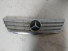 Mercedes-Benz C (W203) 2005 A2038801283 MGA1117 Parrilla Superior