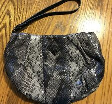 SIMPLY VERA WANG WRISTLET PURSE BAG Wallet Silver & Black