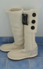 BNWT Mark Stone whistler knit GENUINE SHEEPSKIN cardy ug boots 5-6 white