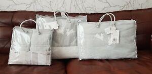 RRP £193 Unisex MAMAS and PAPAS Cot Bed Bumper, Quilt & Cot Bar Bumbers Set Grey