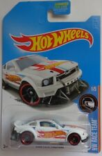 2017 Hot Wheels HW RACE TEAM 1/5 2005 Ford Mustang (White Kmart Version)