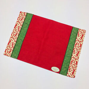 Christmas Past Holly & Filigree 100% Cotton Placemats Set of 4