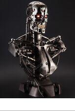 Eine lebensgrosse Büste des Terminator T800 Endoskeleton Lifesize Bust