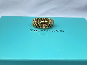 MAGNIFICENT TIFFANY & CO 18K GOLD HEART RING SIZE 8.5 WITH BOX
