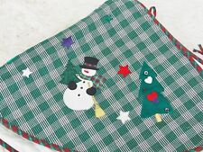 "CHRISTMAS TREE SKIRT Gingham Plaid Appliqué Country Folk Art 45"" Diam Green/Red"