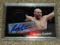Randy Couture 2010 Topps UFC Main Event card Autograph relic MMA