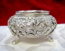 ANTIQUE SILVER 800 REPOUSSE FLORAL OPEN SALT CELLAR DISH 40.4 GRAMS