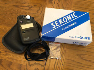 Sekonic L-308S Flashmate Light Meter + Protective Pouch