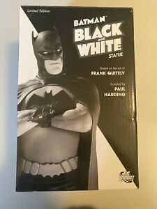DC Collectibles Black and White Batman Frank Quitely First Edition 739/3500