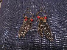 Meraviglioso BRONZEE metallo Dangle Earrings con Perline Ciondoli & Piume