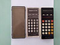 Calcolatrice scientifica ARISTO M75 E 1974 con custodia e manuale originali