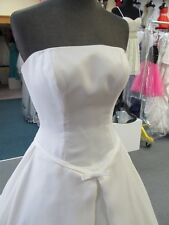 8854 DUCHESS IVORY w/TRAIN PRIVATE LABEL Bridal Gown Dress Size 6 $1100-ORIG