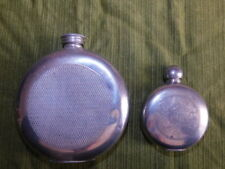 PAIRE DE FLASQUE FIOLE VINTAGE SHEFFIELD TRIO PEWTER ENGRAVED WITH FLASK