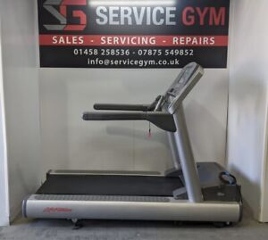 Life Fitness 95TE Treadmill. Commercial Gym Equipment