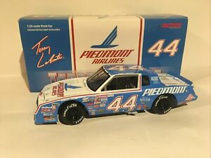 1/24 1984 Terry Labonte Piedmont Airlines Monte Carlo Clear Bank Action