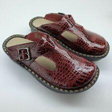 Ingaro Happy Crocodile Pattern Dark Red Slip On Shoes Clogs Mules Sz 6 M