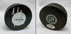 Michal Neuvirth SIGNED Washington Capitals Puck Rookie PSA/DNA AUTOGRAPHED