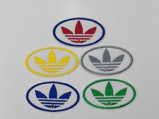 Parche bordado para coser estilo Adidas 8/4 cm adorno ropa personalizada