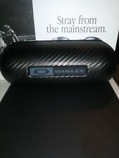 NEW OAKLEY CARBON FIBER HARD VAULT/CASE (FITS MOST FRAMES)