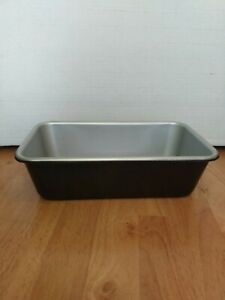 Cuisinart 9 Inch Bread Pan Non-Stick - 9 Inch Loaf