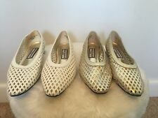 Lot 2 Womens Vintage Flats Shoes Weave Unique WHITE GOLD AWESOME Sz 8.5 Hipster