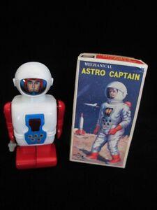 Vintage Windup Astro Captain Robot Made By Daiya Japan With Original Box