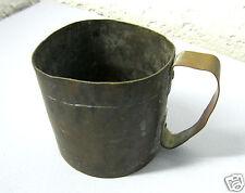 Uralter schwerer Kupferbecher, Antiker Trinkbecher mit Patina, Mittelalter Larp