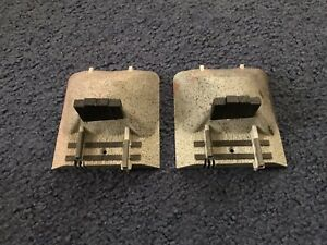 2 Lionel FasTrack Earthen Bumpers 6-12059