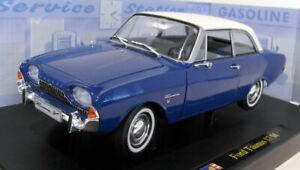 Revell 1/18 Scale diecast - 08818 Ford Taunus 17M Blue