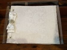 White Brocade guestbook by Lillian Rose gb250