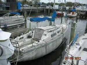 1980 Catalina 25' Sailboat - Louisiana