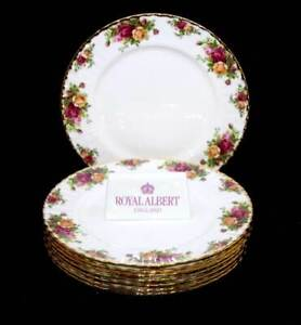 Vintage Royal Albert England Old Country Roses set of 8 dinner plates