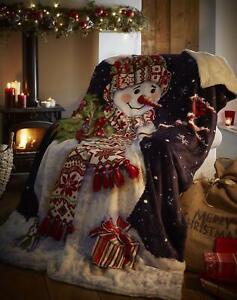 Sherpa Reverse Christmas Snowman Design Throw in Navy Blue 130cm x 170cm