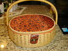 Vintage+Oval+woven+wicker+SEWING+BASKET+with+Handle+%26+Hinged+Lid+Made+in+Japan