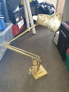Retro Spring Desk Lamp