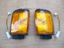 Corner lamp Signal lights fit for Toyota Hilux Pickup 4Runner 1984-86 Black Pair