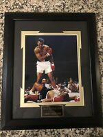 10 X 8 Signed Photo Of Boxing Legend Mohammed Ali.