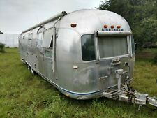 1977 Airstream 31' Sovereign Land Yacht Good Condition, Open Interior