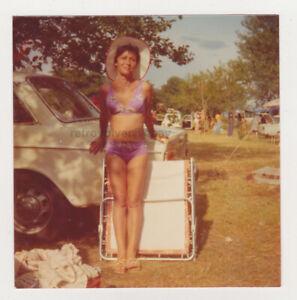 Pretty Cute Milf Woman Beach Bikini Swimsuit Lady Attractive VTG Snapshot Photo